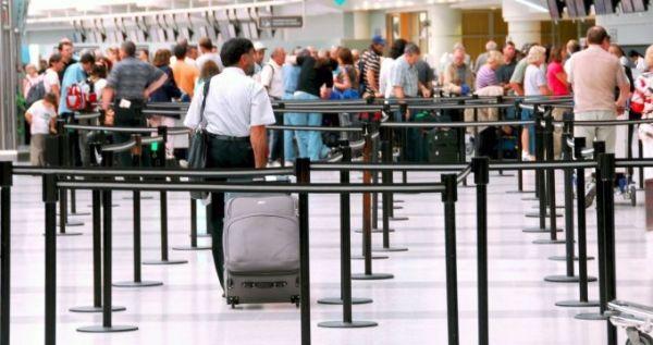 使用移动传感器,让机场变得更聪明!