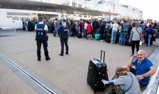 布鲁塞尔机场大停电 航班延误大量旅客滞留