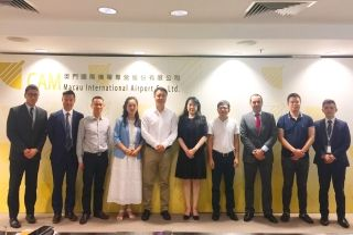 深圳机场代表团来访澳门国际机场