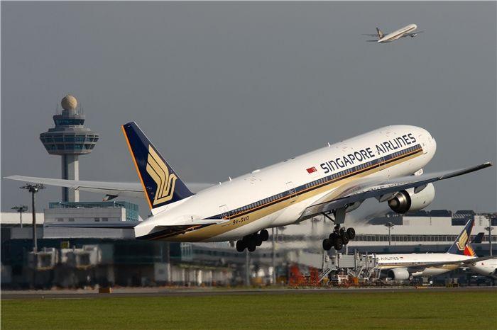 廉航、中东航企夹杀 新加坡航空预告裁员