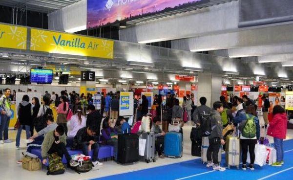 摆渡车送错到达口 香港飞日本34乘客未审查入境