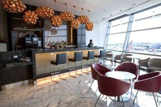 头等舱旅客的特权!机场休息室餐厅在美国兴起