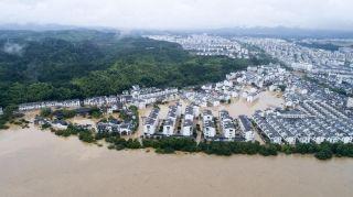 6月24日上午江西省气象台发布最高级别的暴雨红色预警信号,这是今年江西首次拉响暴雨红色警报。