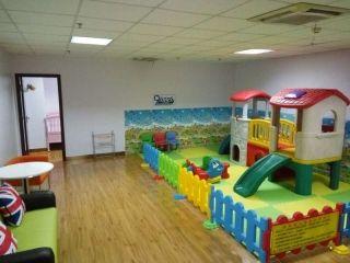 乌鲁木齐地窝堡国际机场精心改造母婴室大获赞誉