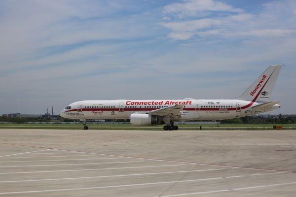 飞机互联技术进入爆发期 不只是空中刷手机