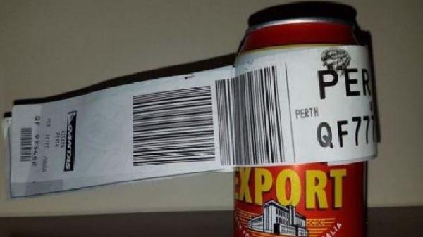 澳洲小伙脑洞大开 将一罐啤酒办理行李托运
