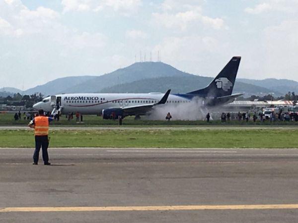 墨西哥航空飞机爆胎中断起飞