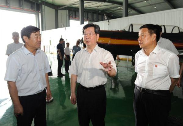 山西省长:加快发展通用航空 建设通航强省