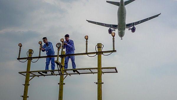 机场灯光回路电路图
