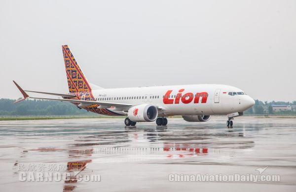 济南遥墙机场首飞波音737 MAX 8