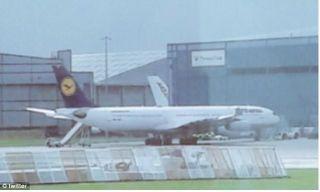 女子空中分娩 汉莎航空客机备降曼彻斯特