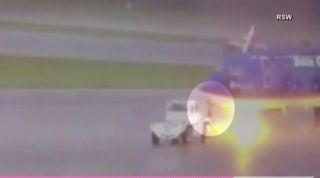 惊险!美机场工作人员在机坪上被闪电击中