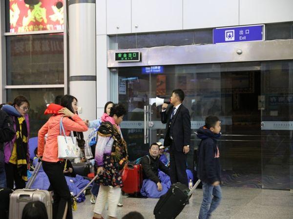 九黄机场全力保障空中生命通道畅通