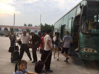 石家庄机场空铁联运快速疏散北京备降航班旅客