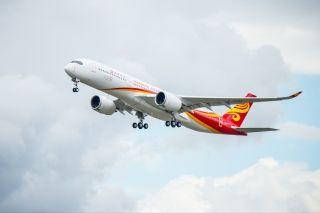 香港航空首架空客A350XWB在图卢兹成功首飞