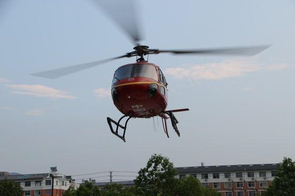 台州脑动脉瘤破裂患者空中转运至杭州治疗