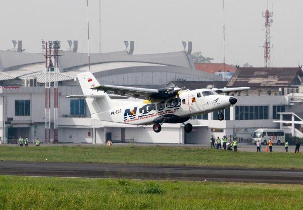 印尼国产19座N219飞机首次试飞成功