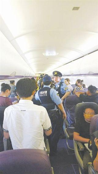 百余名中国乘客在日本上演现实版《战狼2》