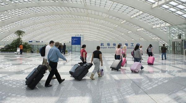 起降费上调+旅游热 中国机场股今年涨上天!
