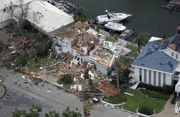 """美保险公司利用无人机评估飓风""""哈维""""理赔额"""