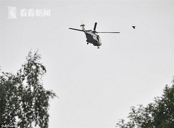 比利时直升机进行跳伞表演时 飞行员神秘失踪
