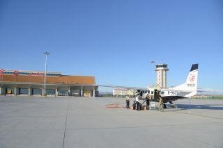 富蕴机场保障陕西榆林波罗通航调机克拉玛依