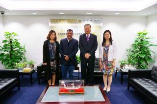 澳门机场邓军主席接待亚洲航空执行长一行
