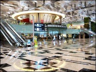 新加坡机场员工恶意调换乘客行李标签