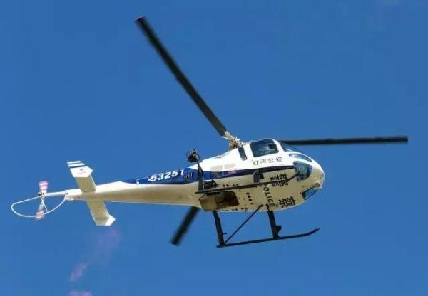 红河首架警用直升机亮相 机型为恩斯特龙480B