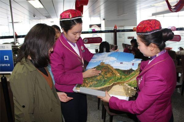 国庆节,南航在疆与2.6万旅客为祖国庆生