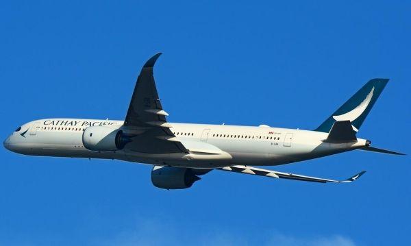 国泰航空:飞机遇强烈气流 紧急备降马尼拉