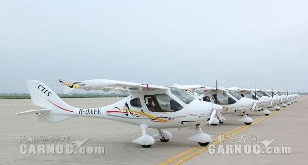威翔航空九架CT轻型运动飞机成功交付国内外