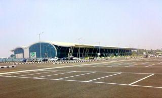 印度管制员实施航路及机场终端的专门化管制