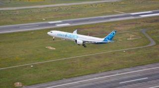 一飞冲天 空客A330neo成功首航