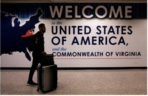 美国安检新规生效在即 航司作好准备严阵以待