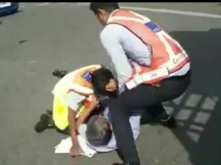 员工与乘客打架 靛蓝航空公开道歉