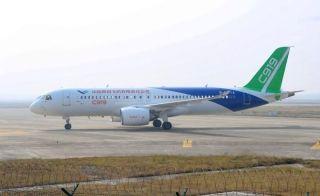 根据计划,此次是C919离开上海前往西安阎良试飞基地前最后一次试飞。