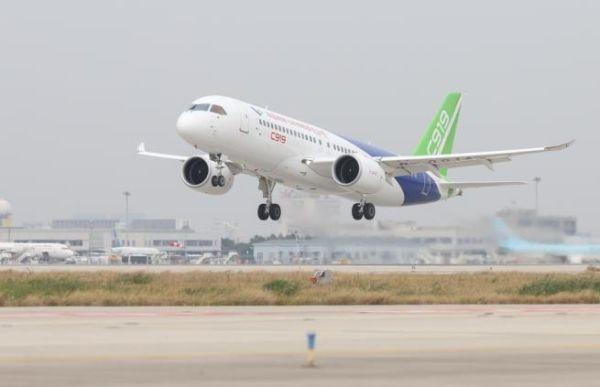 C919完成首次城际飞行 累计订单已达730架