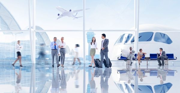 打造数字化运营:航司数字转型的技术手段