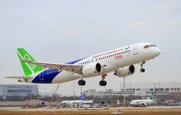 C919新春再出发 今年102架机将适航取证试飞