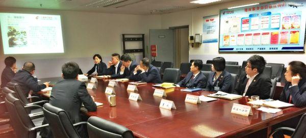 东航北京地服部开展冬季航班除冰雪演练工作