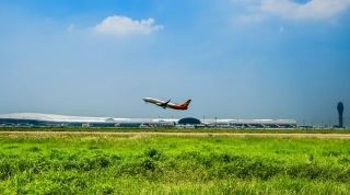 深圳机场月度航班正常率转场后首破90% 因为……