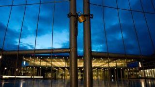 未建成的柏林勃兰登堡机场 传奇仍在继续