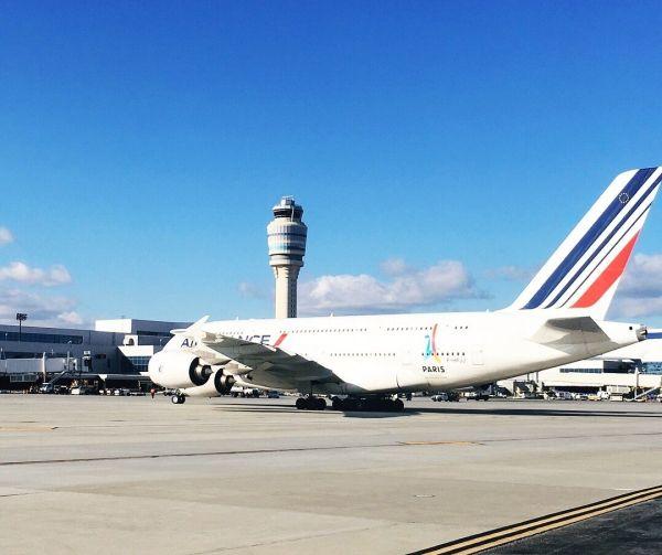 亚特兰大扩建后的登机口迎来首架A380巨无霸