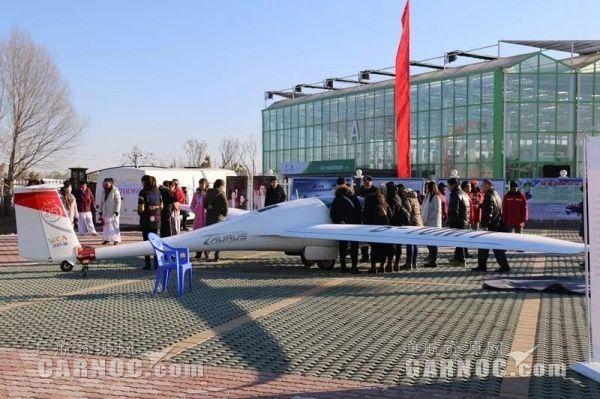 西部通航携3架飞机亮相宁夏冬季旅游启动仪式