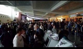 民航早报:亚特兰大机场停电,超600航班取消