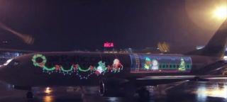 """圣诞创意营销:被小精灵""""劫持""""的飞机"""