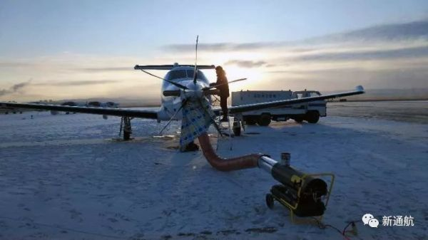新疆通航飞机完成锡林浩特至二连浩特航线首航
