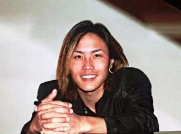 澳洲80后华人飞机师坠机 求救后等待中离世
