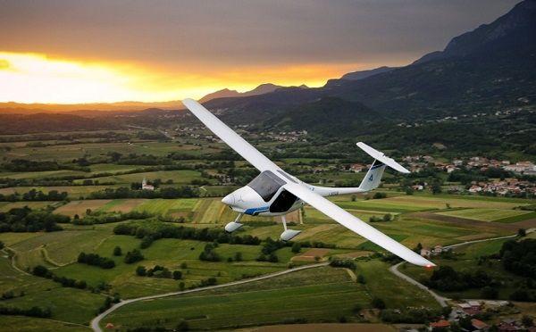 澳洲试飞第一架锂电飞机充电1小时可飞行1.5小时
